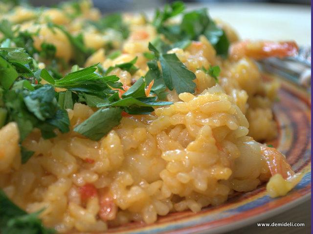 Ριζότο με chorizo, σαφράν και γαρίδες