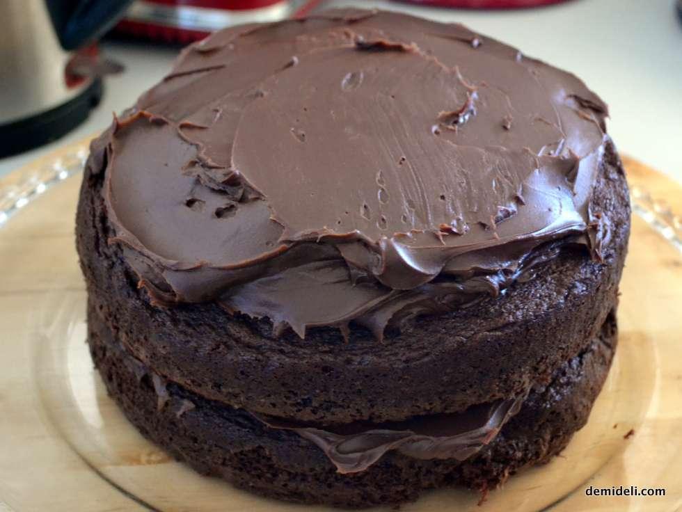 Σοκολατένιο κέικ «του διαβόλου» – Devil's Cake